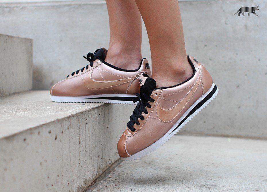 NIKE Sneaker WMNS Classic Cortez Turnschuhe Schwarz