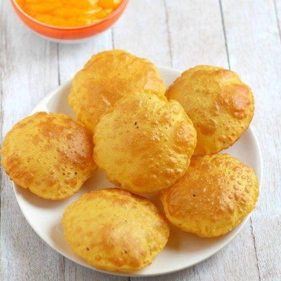 Poori, an Indian whole-wheat flaky deep fried bread recipe ...
