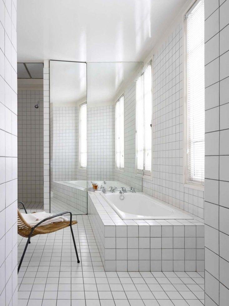 Witte wandtegels badkamer inspiratie - AB - around bathrooms ...