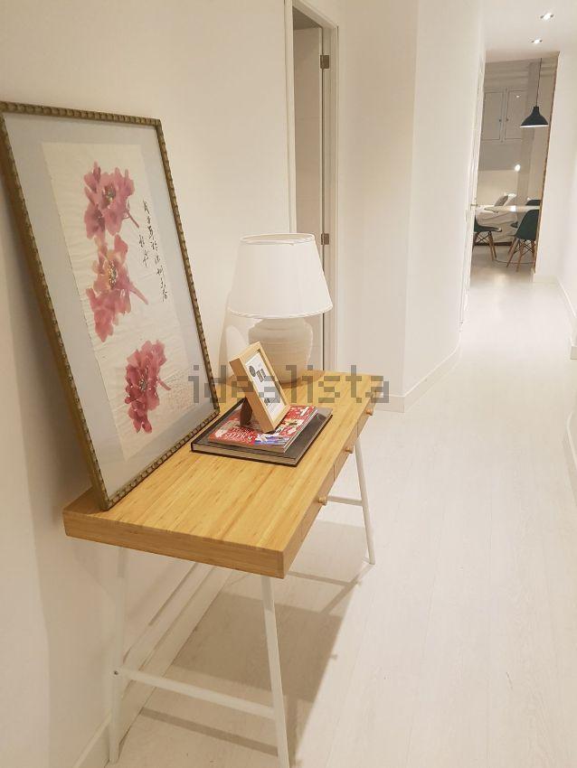 Imagen Pasillo de piso en Viriato, 48, Almagro, Madrid