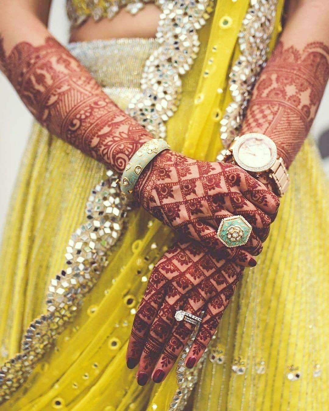 #love #choora #wedding #photography #marriages #indian #tradition #life #ideas #happiness #mehandi #bridalmehandi