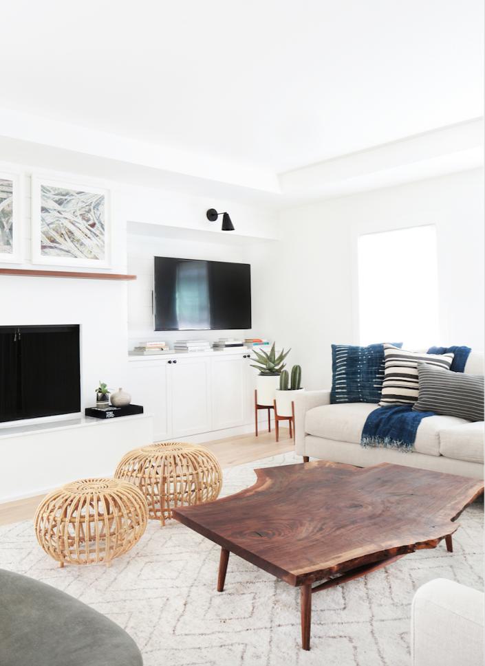 Simply White Living Room Ideas: Spotlight: Tessa Neustadt Via Simply Grove