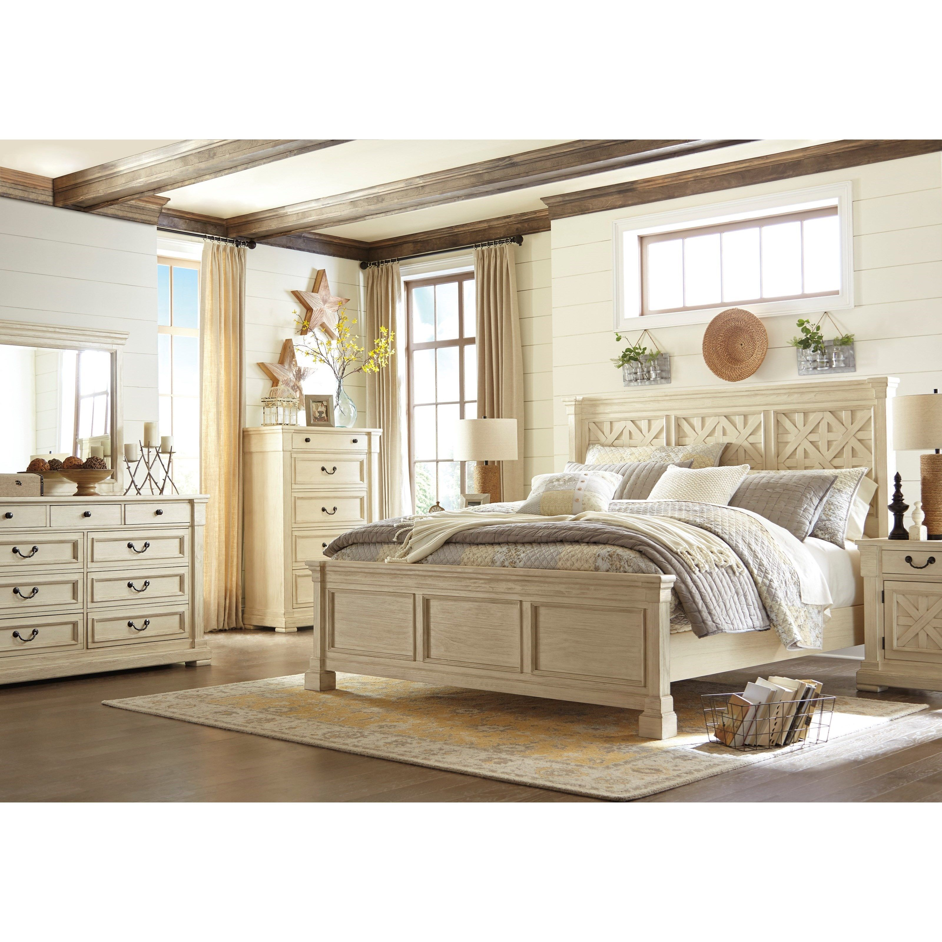 Best Bolanburg Queen Bedroom Group By Signature Design By 640 x 480