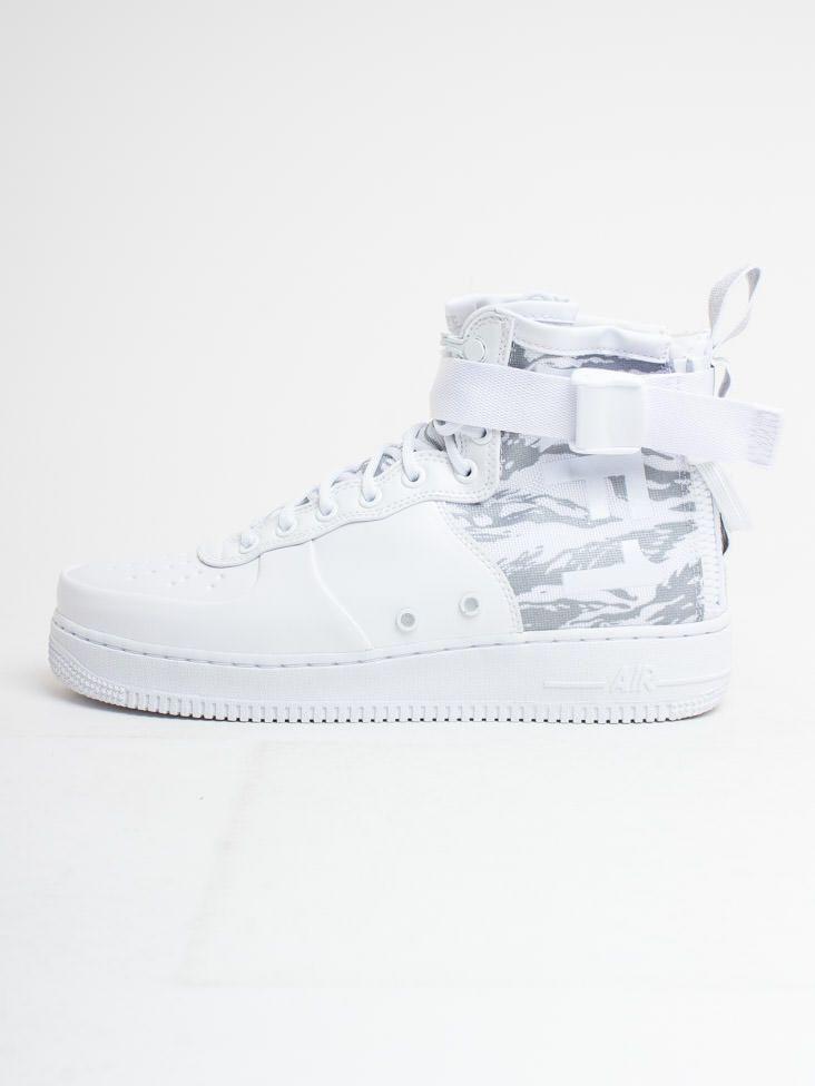 pretty nice 93d22 0b444 Men s Nike SF Air Force 1 Mid Winter Boot