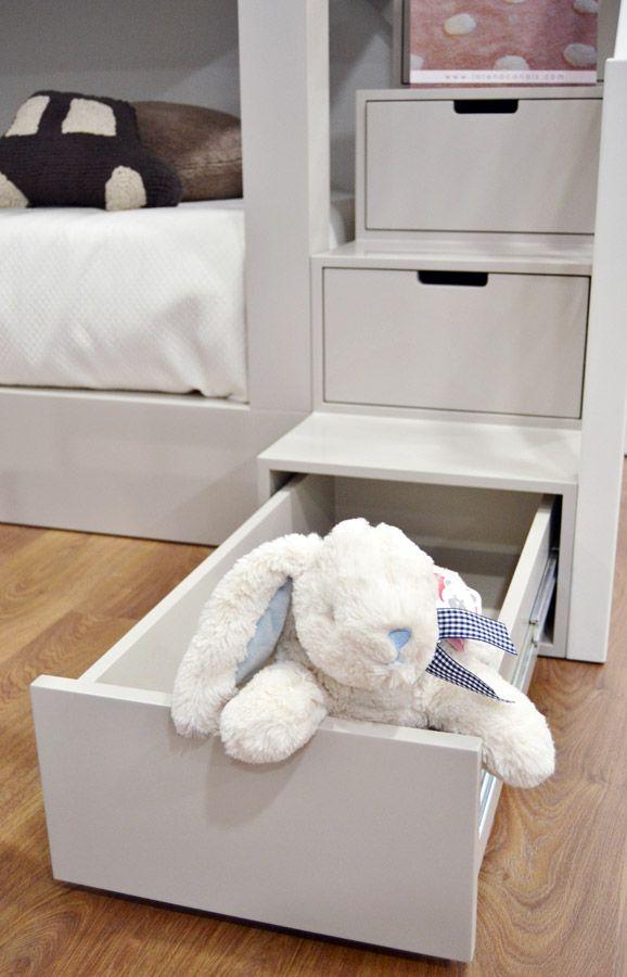 Escalera en cajonera Dormitorio Infantil | Muebles Auxiliares ...