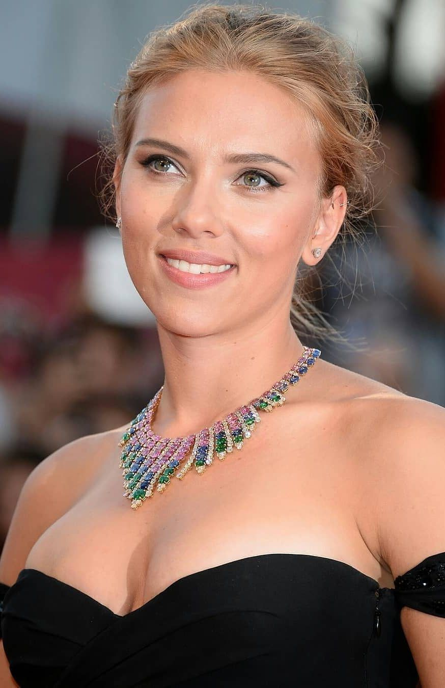 Scarlett Johansson New And Best Photos Of The Year Part 21 Scarlett Johansson Bikini Scarlett Johansson Scarlet Johansson