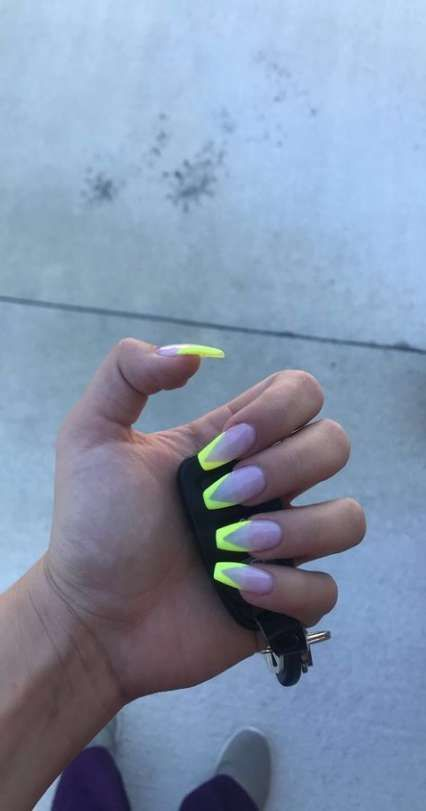 When You Think About Structure Up To The Grandness Of Your Nail You Ought To Be Wary About Which Time You Are G Acrylic Nails Coffin Yellow Nails Trendy Nails
