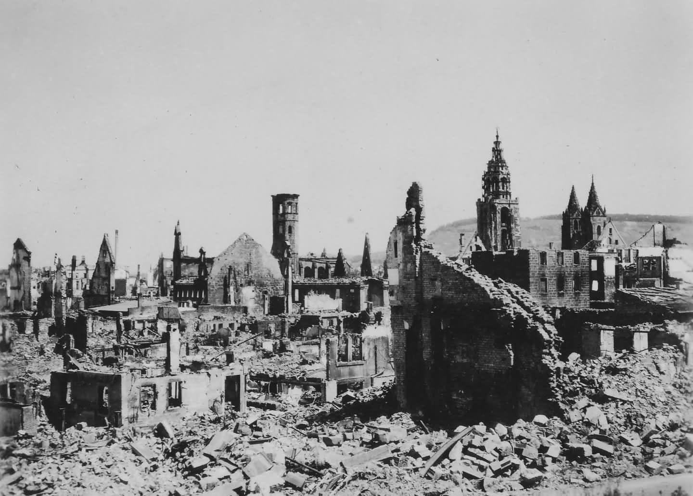 Manheim, 1945 - Status : Destroyed Looking for N°24 Wald