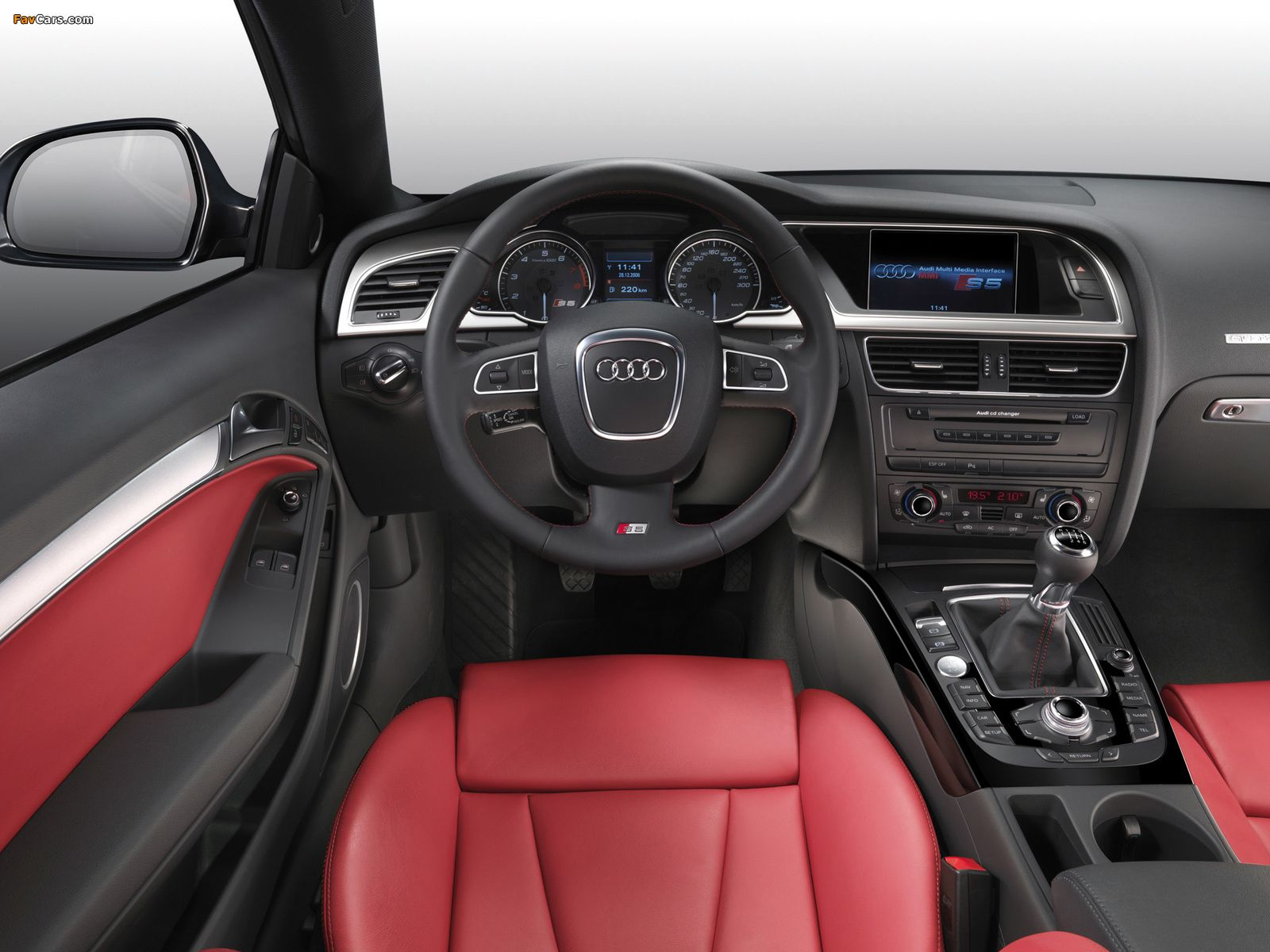 Audi S5 Coupe 2008 11 Audi S5 Audi Luxury Car Interior