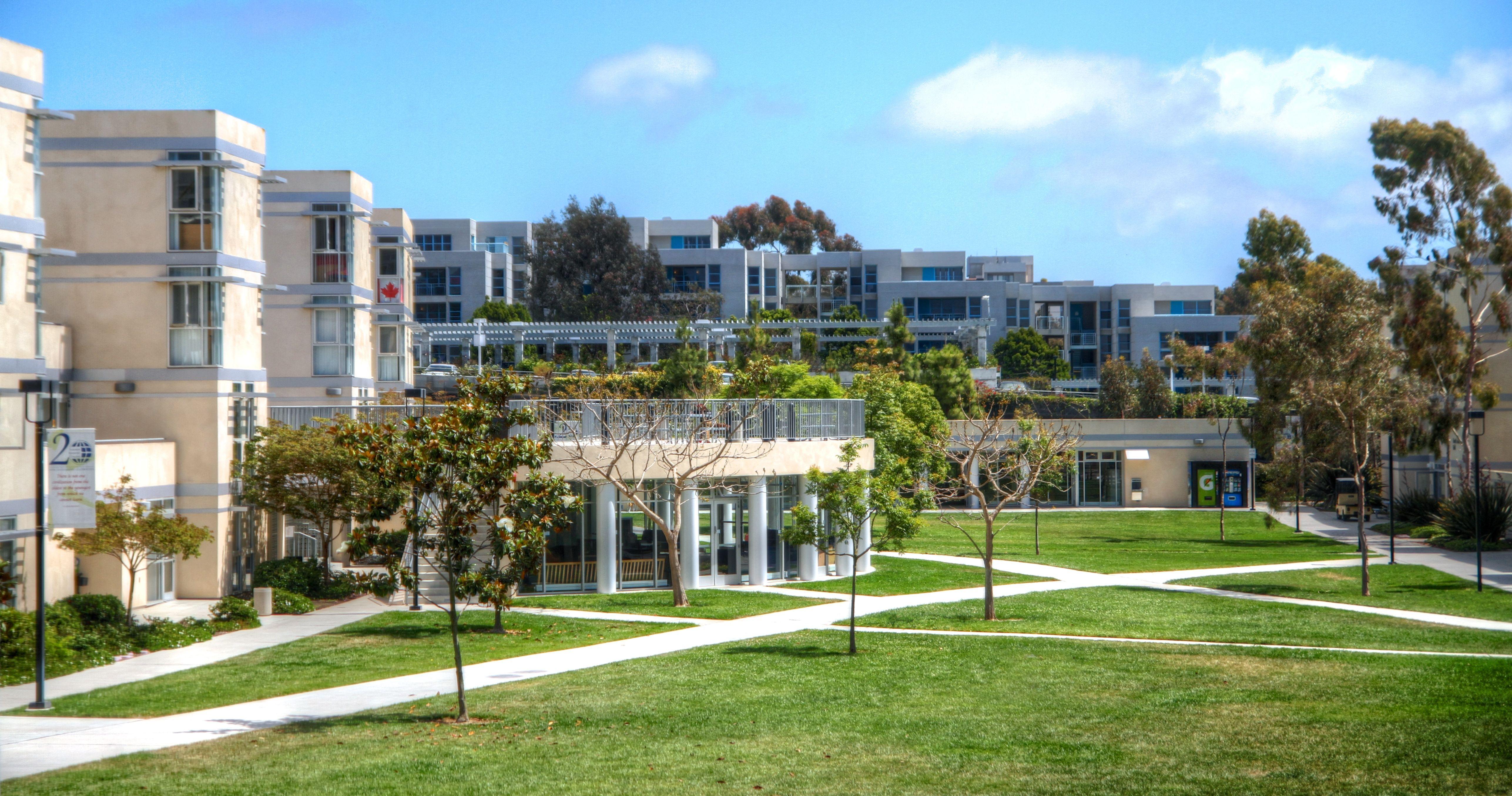 Eleanor Roosevelt College School Daze House Styles Mansions