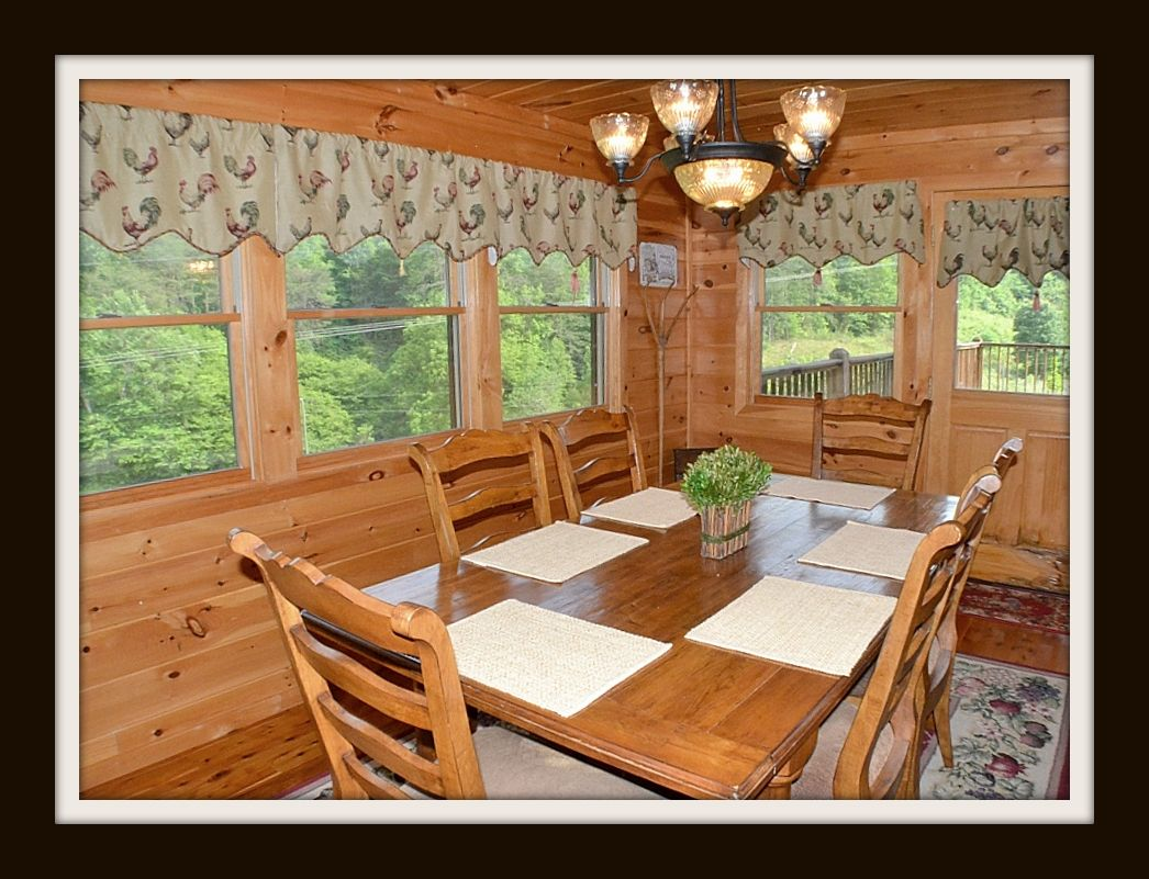 of n dogs with pool table tht indoor pet tub rentals forge tn cbin hot and cabins friendly re large fetures gatlinburg tenn for rent pigeon rentl area cab in cabin