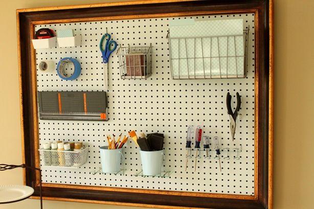 pegboard craft organizer rangement organisation pinterest atelier rangement et. Black Bedroom Furniture Sets. Home Design Ideas