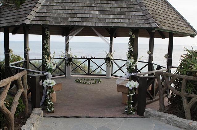 Laguna beach heisler park gazebo wedding wedding venues for Laguna beach wedding venues