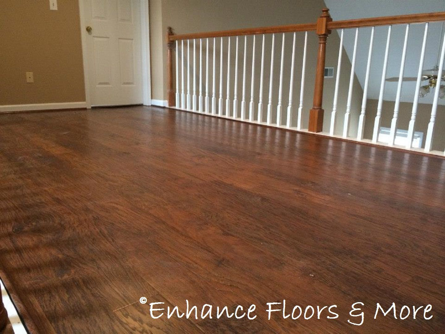 Mohawk flooring laminate style bayview color southern for Mohawk laminate flooring