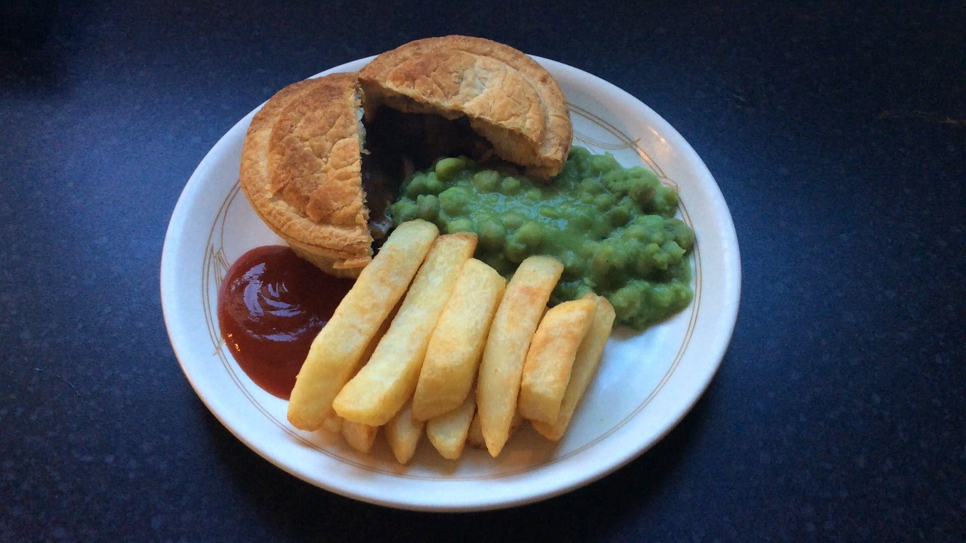 Pukka steak pie, chips and mushy peas, at ease. | Mushy ...