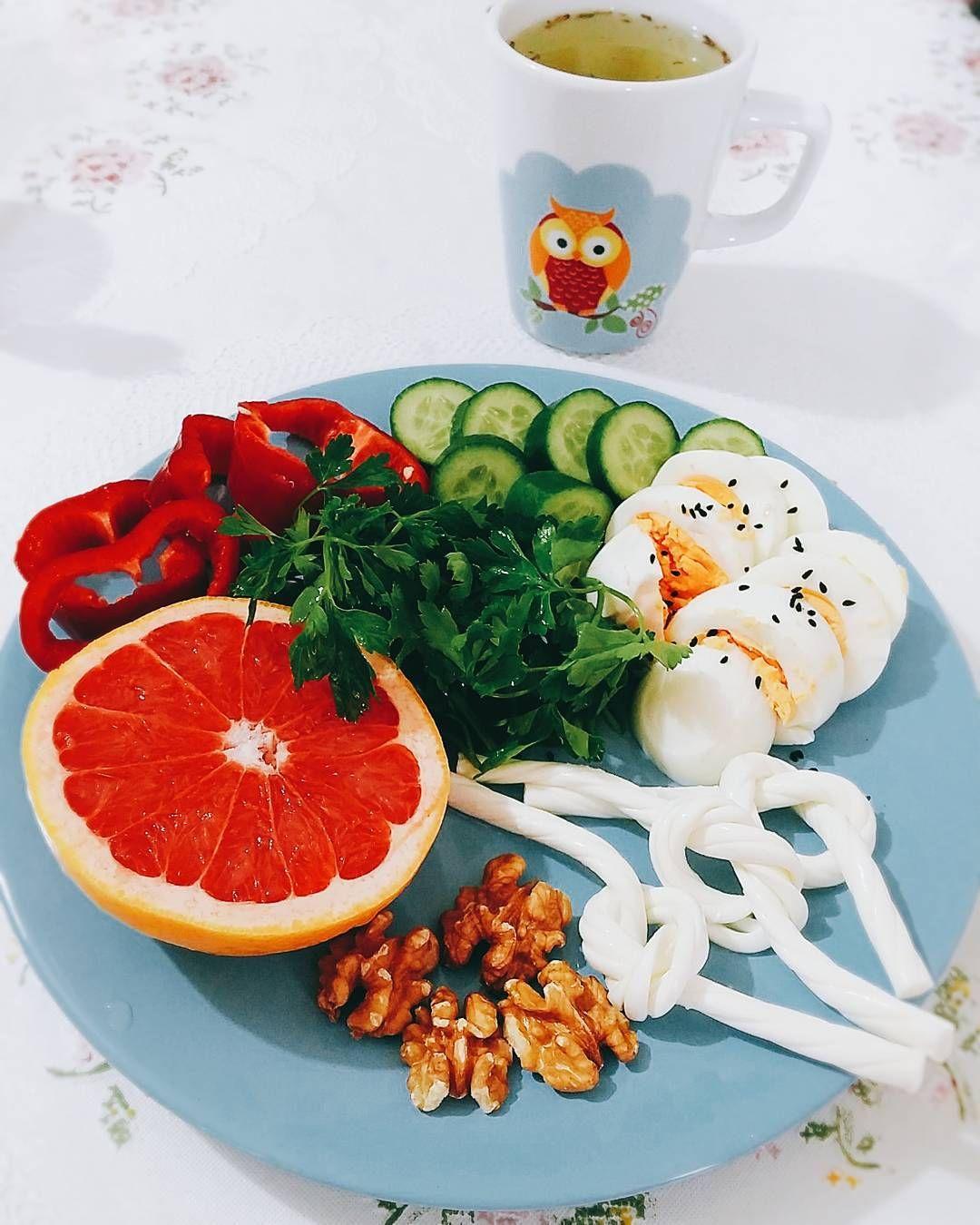 En güzel mutfak paylaşımları için kanalımıza abone olunuz. http://www.kadinika.com Günaydın kahvalti(07:30) #yasasindiyet#diyet#diyetteyim#kilokaybi#kiloveriyorum#saglikliyasam#domates#peynir#karatay#karataydiyeti#karatay#sekerorucu#diyet#diyetteyim#kilokaybi#kiloveriyorum#saglikliyasam#gramdiyetim#mutfakgram#gramkahvalti#gramdiyetim#lezzetlisunumlar#sunumonemlidir#fit#egg#bread#yasasindiyet#diyet#diyetteyim#kilokaybi#hafifbeslen#hafifyemeli @hafifyemeli