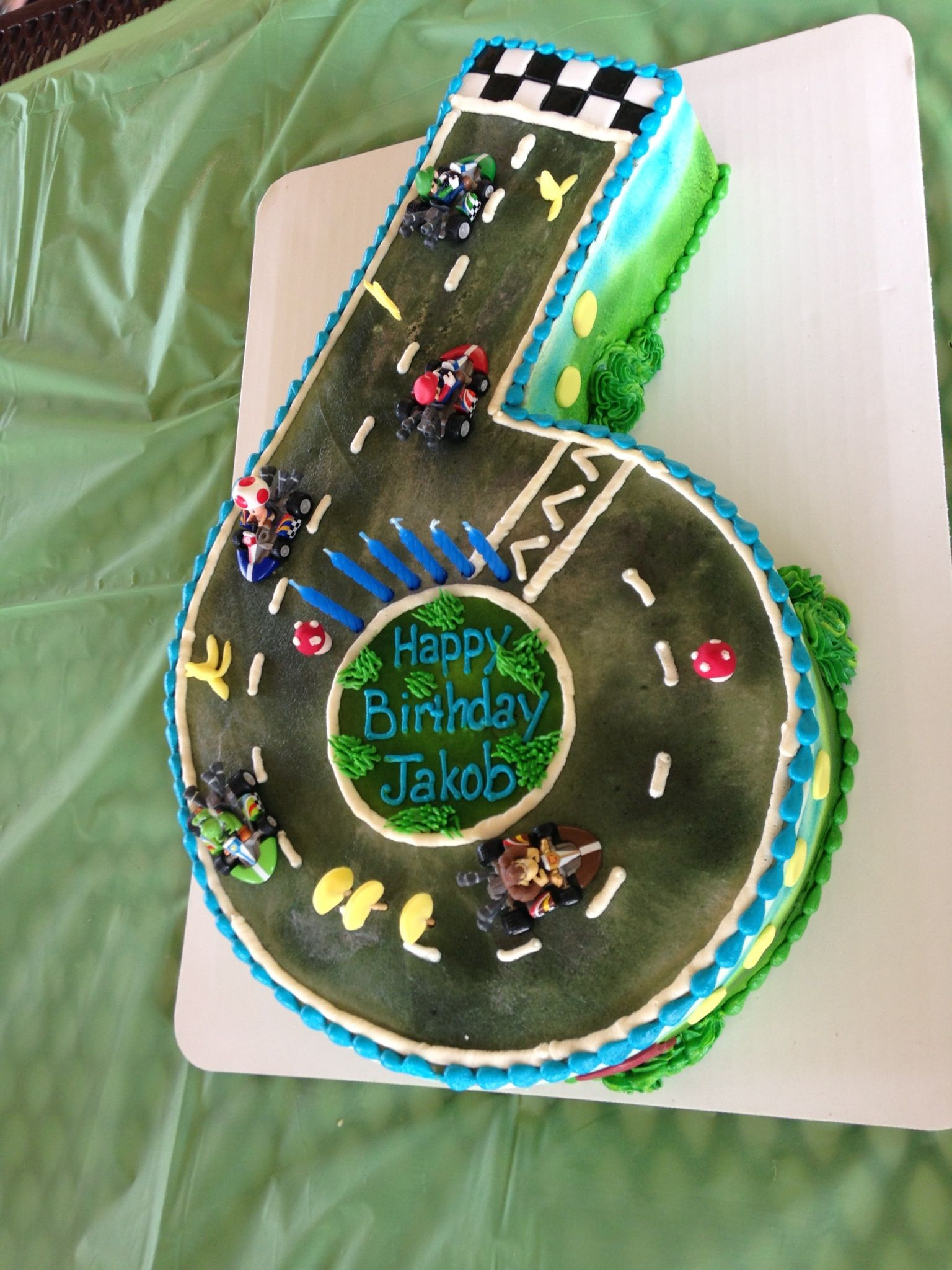 Mario Kart Cake 6 With Images Mario Birthday Cake Mario Kart
