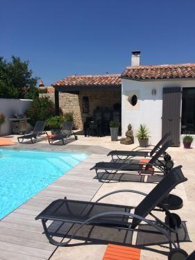 Location ile de r villa avec piscine sans vis vis - Villa charente maritime avec piscine ...