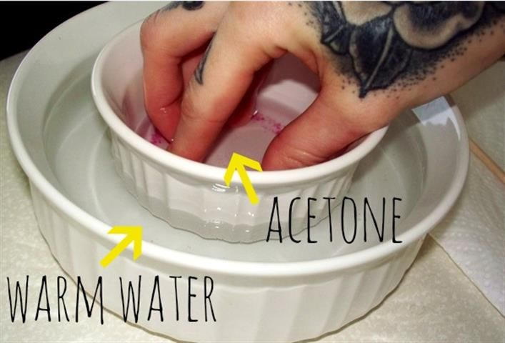 How To Remove Acrylic Nails With Acetone With Pictures Timesfull Take Off Acrylic Nails Acrylic Nails At Home Gel Nails Diy