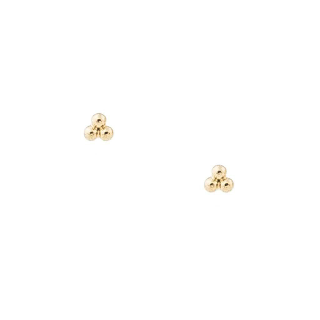 Tiny Trinity Studs A Trio Of Gold Dots Makes This Stud Earring Perfect For Everyday Maison Miru Jewelry Maisonmiru