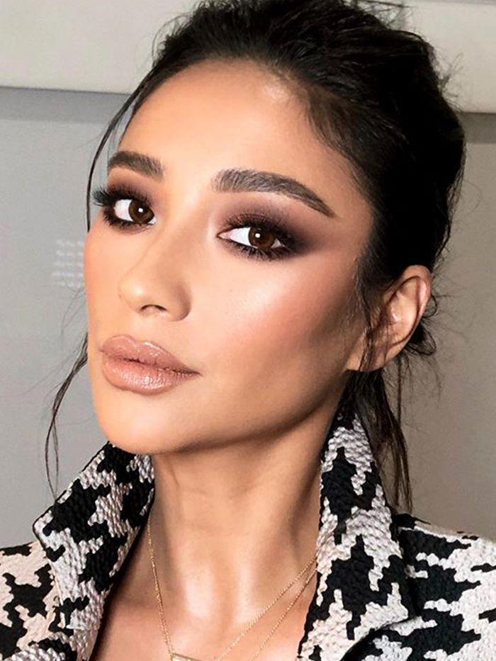 9 Eyeshadows That Make Your Brown Eyes Smolder