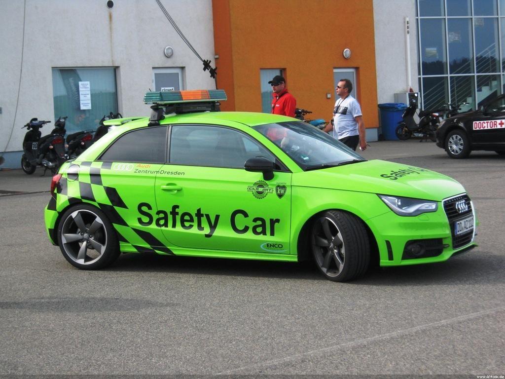 Audi a1 safety car