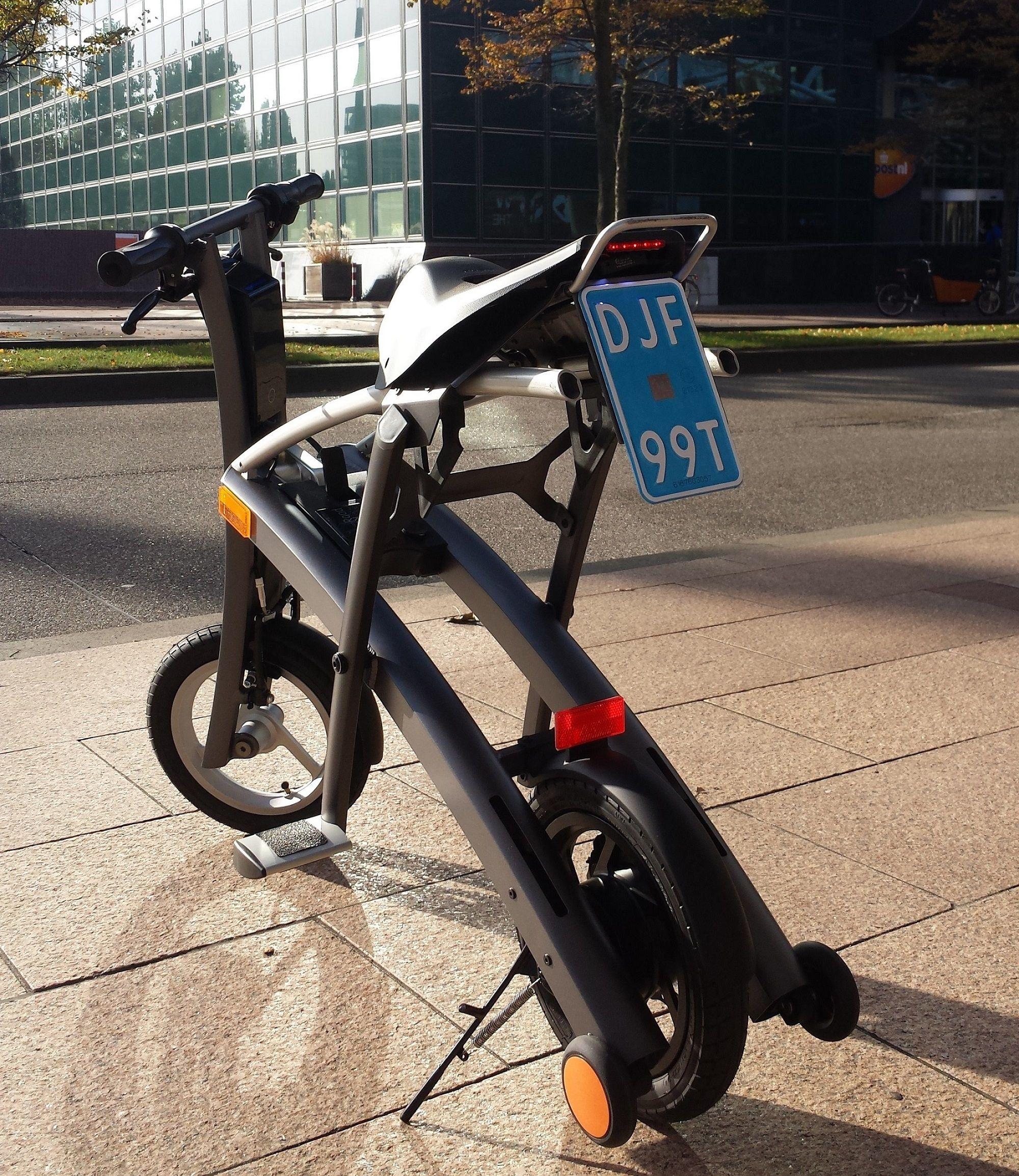 Een uniek moment @ Rood-Runner: de eerste Stigo Bike met ...