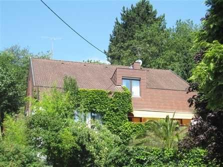 Individuelles Einfamilienhaus in TeningenHeimbach Dieses