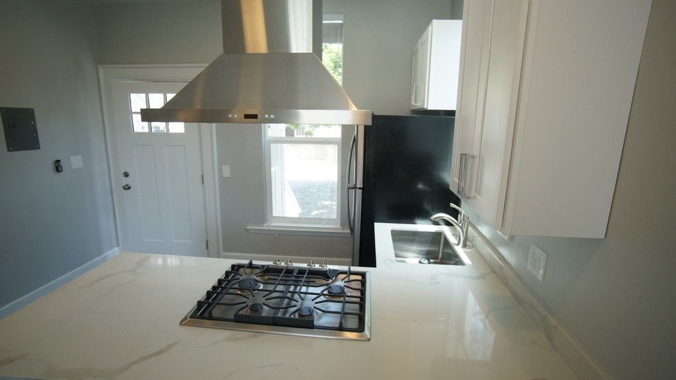 1022 Adeline St Unit 1 2 Oakland Ca 94607 Condo For Rent In Oakland Ca Apartments Com Oakland Apartment Apartment Home