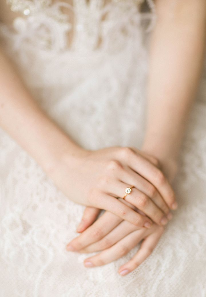 Soft muted color palette wedding ring | fabmood.com #wedding #weddinginvites #weddingcolor #inspirationshoot #styledshoot #morningbride #weddinginspiration
