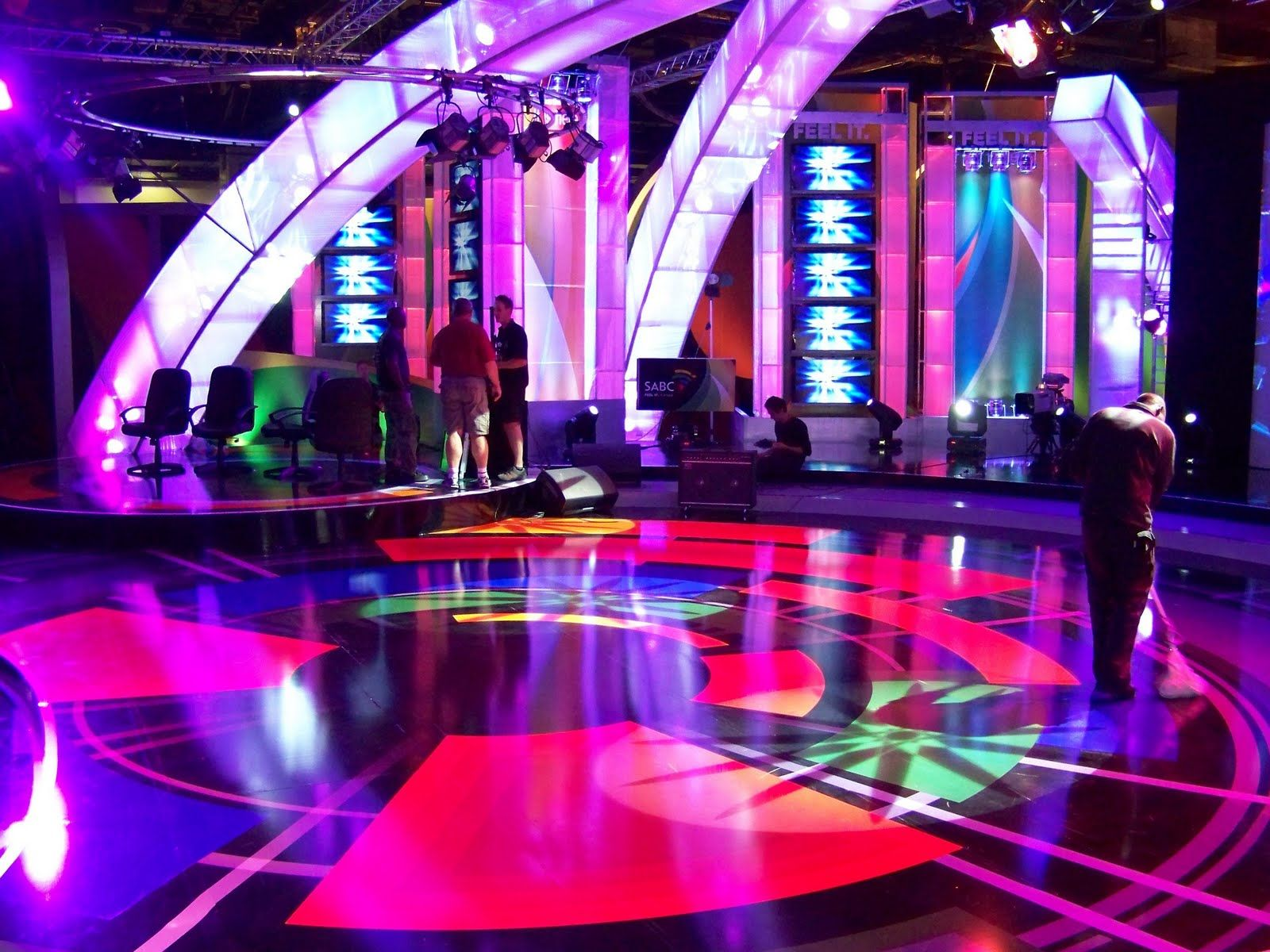 Design Shows On Tv Tv With Thinus Pictorial A Photo Tour Of The Sabc's Impressive