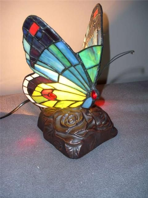 Tiffany lamp, vlinderlamp - verlichting | Koopjeskrant.be