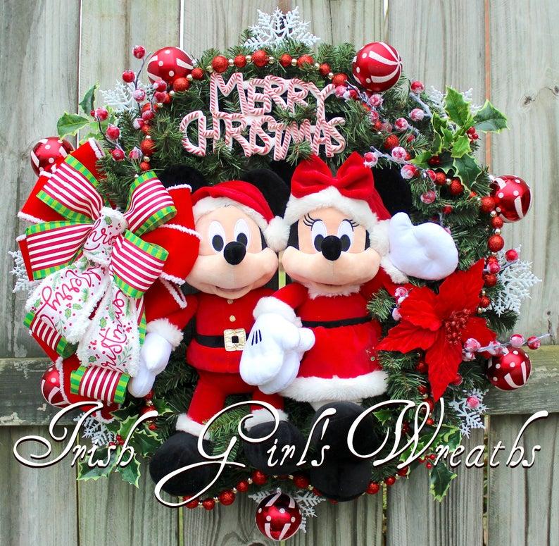 Disney Minnie Mouse Christmas Wreath