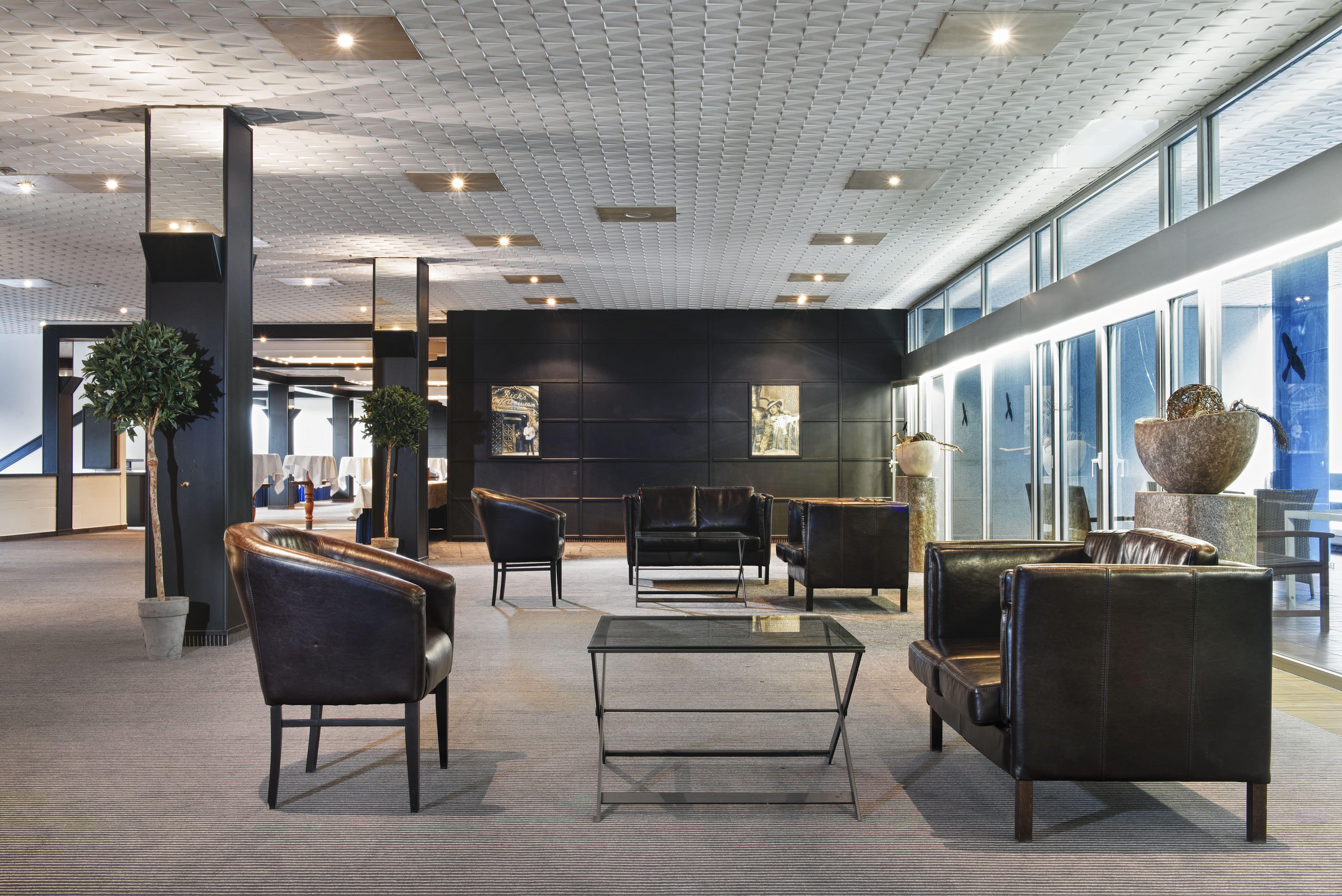 lobby at Wyndham Garden Lahnstein Koblenz Hotel