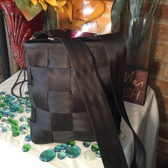 Harveys Seatbelt Crossbody Bag Sz 9x10- 23' strap- Jet blk- Minimal wear- Good condition- light cosmetic stains inside- Very nice bag! Harveys Bags Crossbody Bags