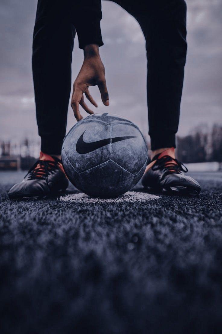 Pin Oleh Ephy Di Lit Royal Elite Series Di 2020 Bola Kaki Gambar Sepak Bola Sepak Bola