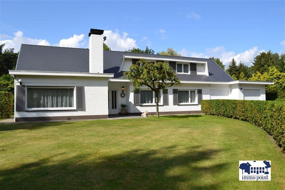 Immo Point - Gerenoveerde villa op rustige en centrale locatie - Woning - ZOERSEL
