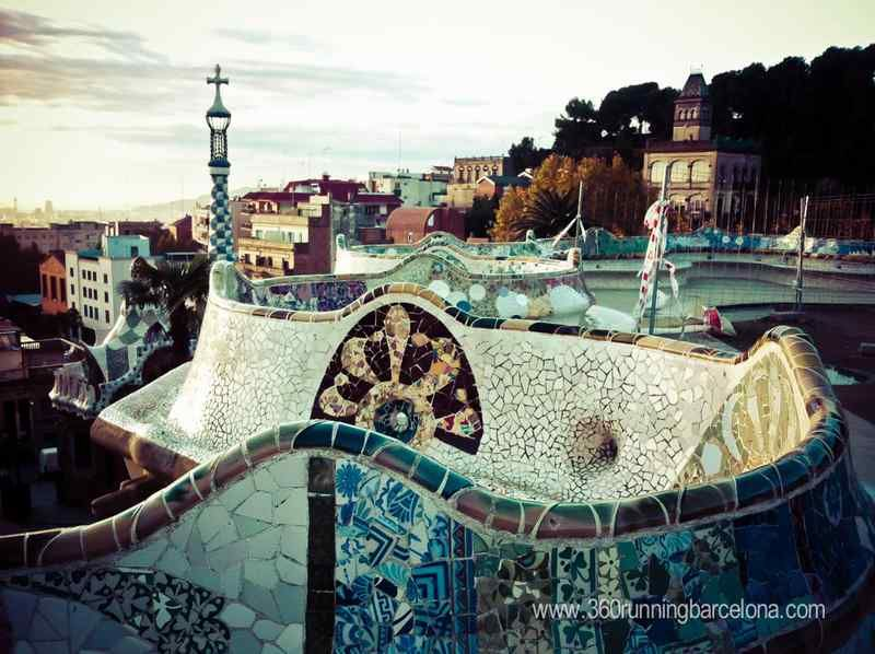 Enjoy the experience of running through Park Guell just for you! Early in the morning, when no tourists have arrived, Park Güell is a great place so you can enjoy the most beautiful park in the city, its paths, its sculptures and a fantastic view of the city of Barcelona!