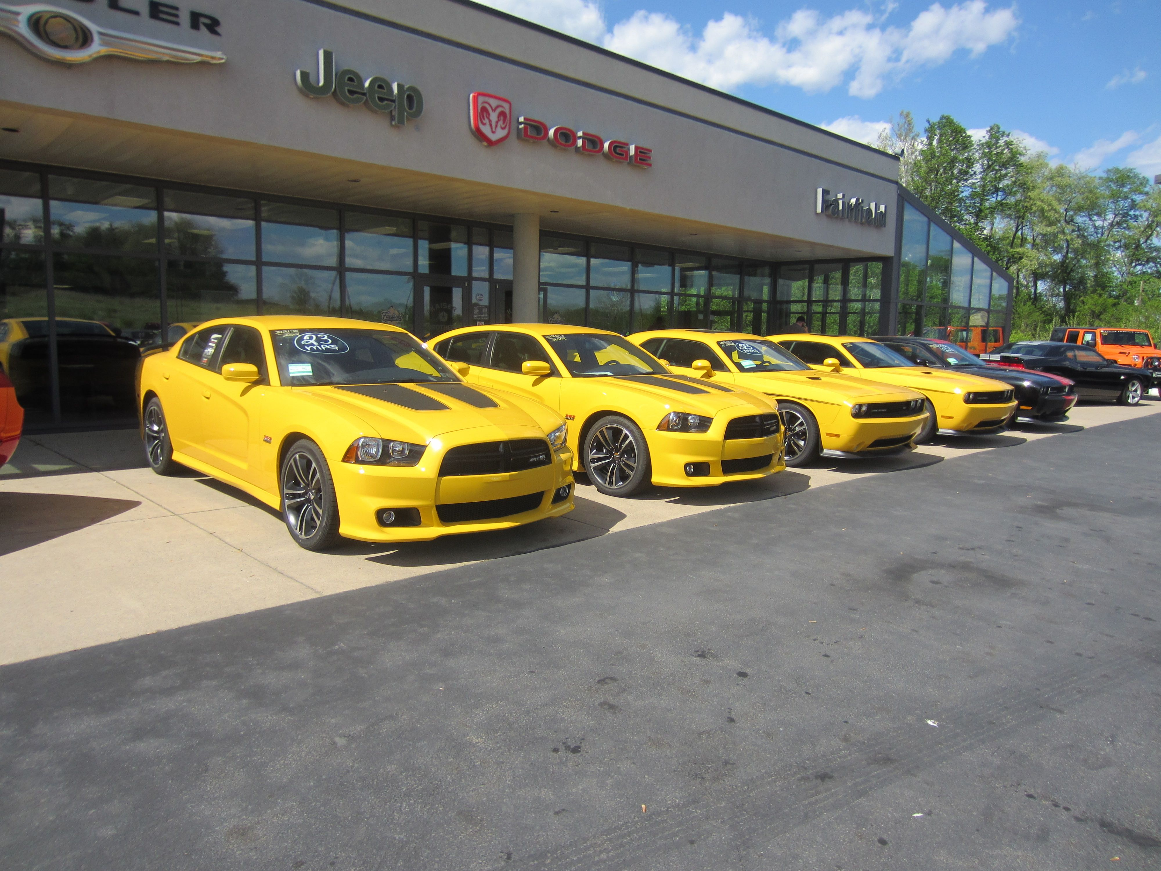 2 Chargers (bumble bees) and 2 Challengers (yellow jackets).