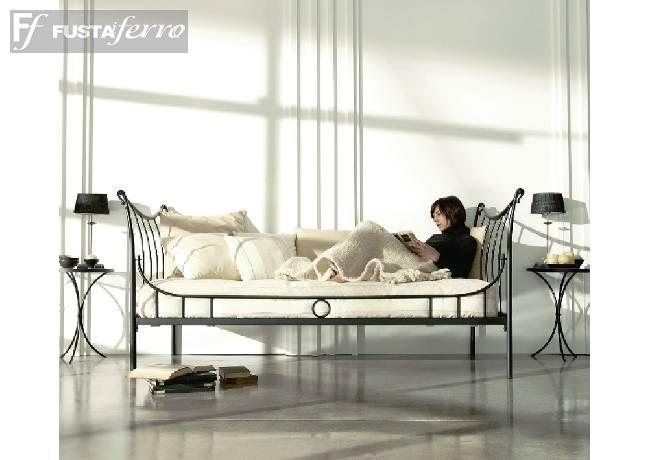 Cama divan de forja modelo nuria for Modelos de divanes