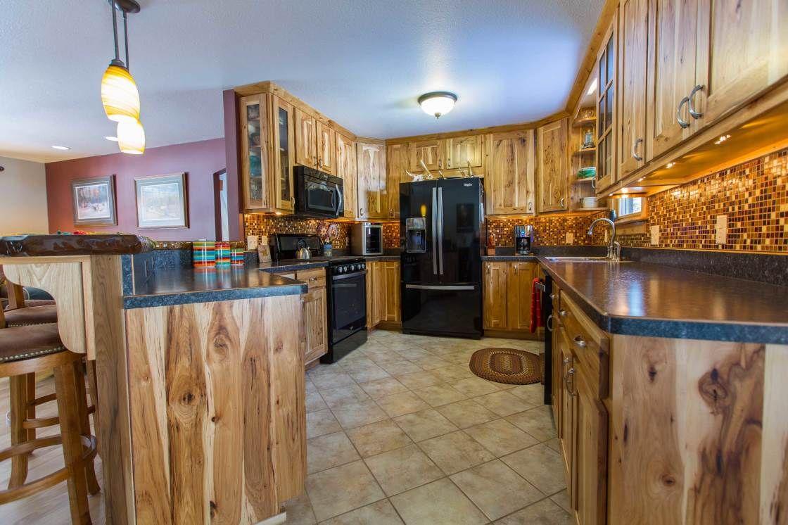 Tiles Under Kitchen Cabinets