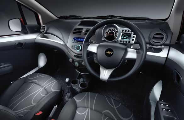 The Chevrolet Beat Also Makes The Most Of The Resources Inside The Cabin The First Look Of The Dashboard Gives An Up Market Feeling It Is V Chevrolet New Cars