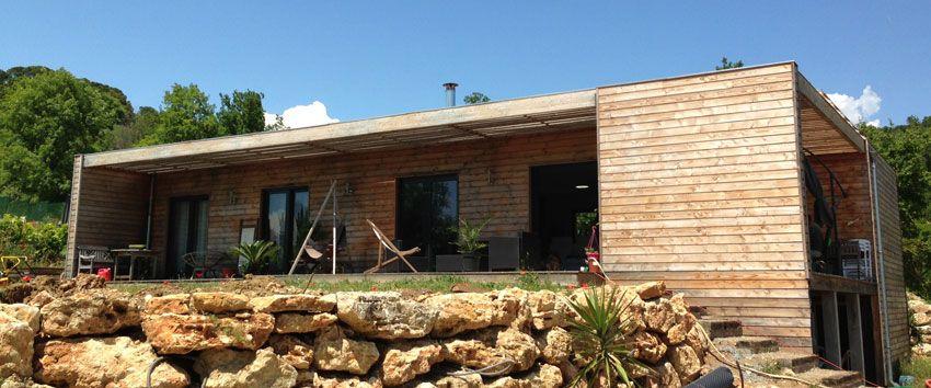maison ossature bois, maison bois contemporaine, toit plat, maison - toiture terrasse bois accessible