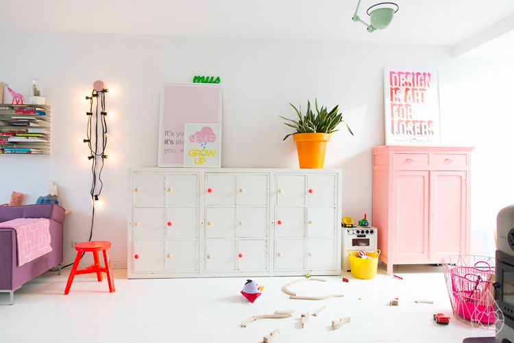 Girls room colours