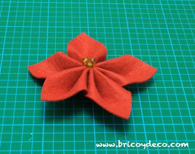 Flores De Pascua Hechas De Fieltro Especial Regalos Diy Manualidades Flor De Pascua Y Flores