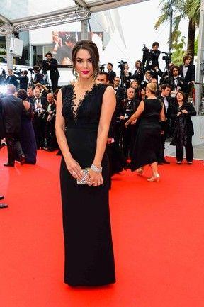 Fernanda Machado no Festival de Cannes (Foto: Divulgação Carmen Steffens).  Fernanda usou vestido Martha Medeiros.  Os acessórios  eram todos da marca Carmen Steffens.