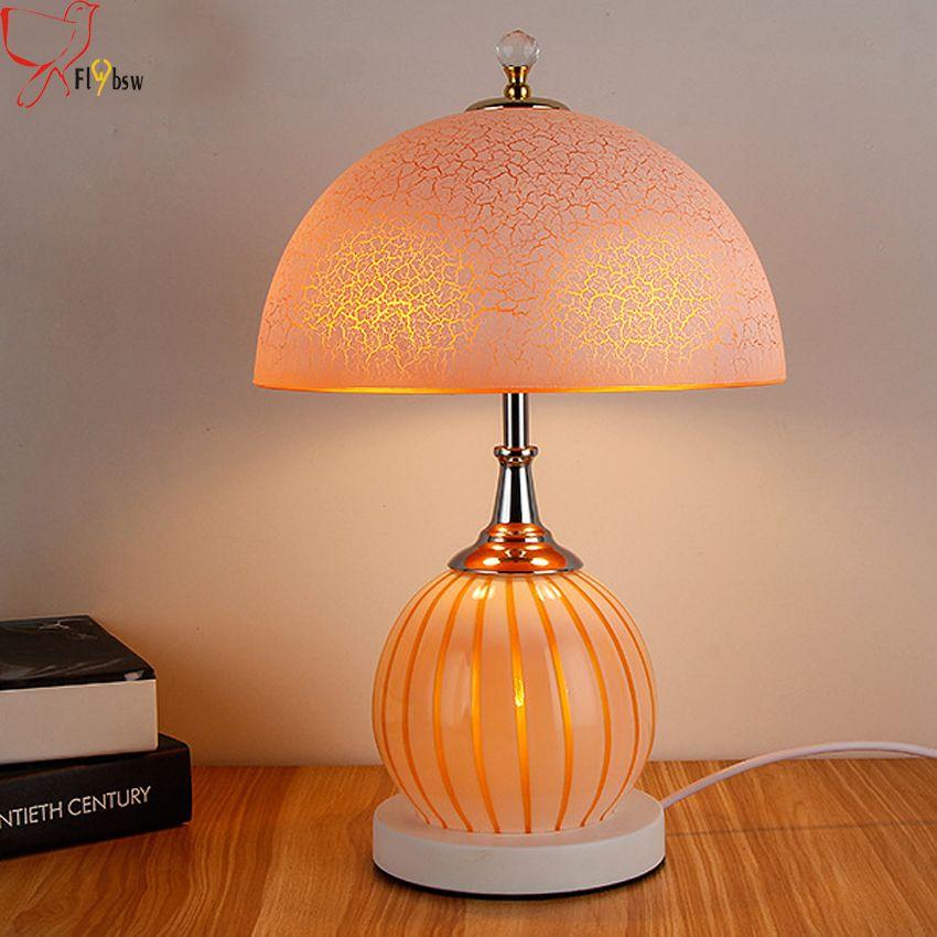 Günstige moderne einfache schlafzimmer nachttischlampen glas tischlampe gelb weiß galss lampenschirm wohnzimmer dekorative schreibtisch lampe beleuchtung