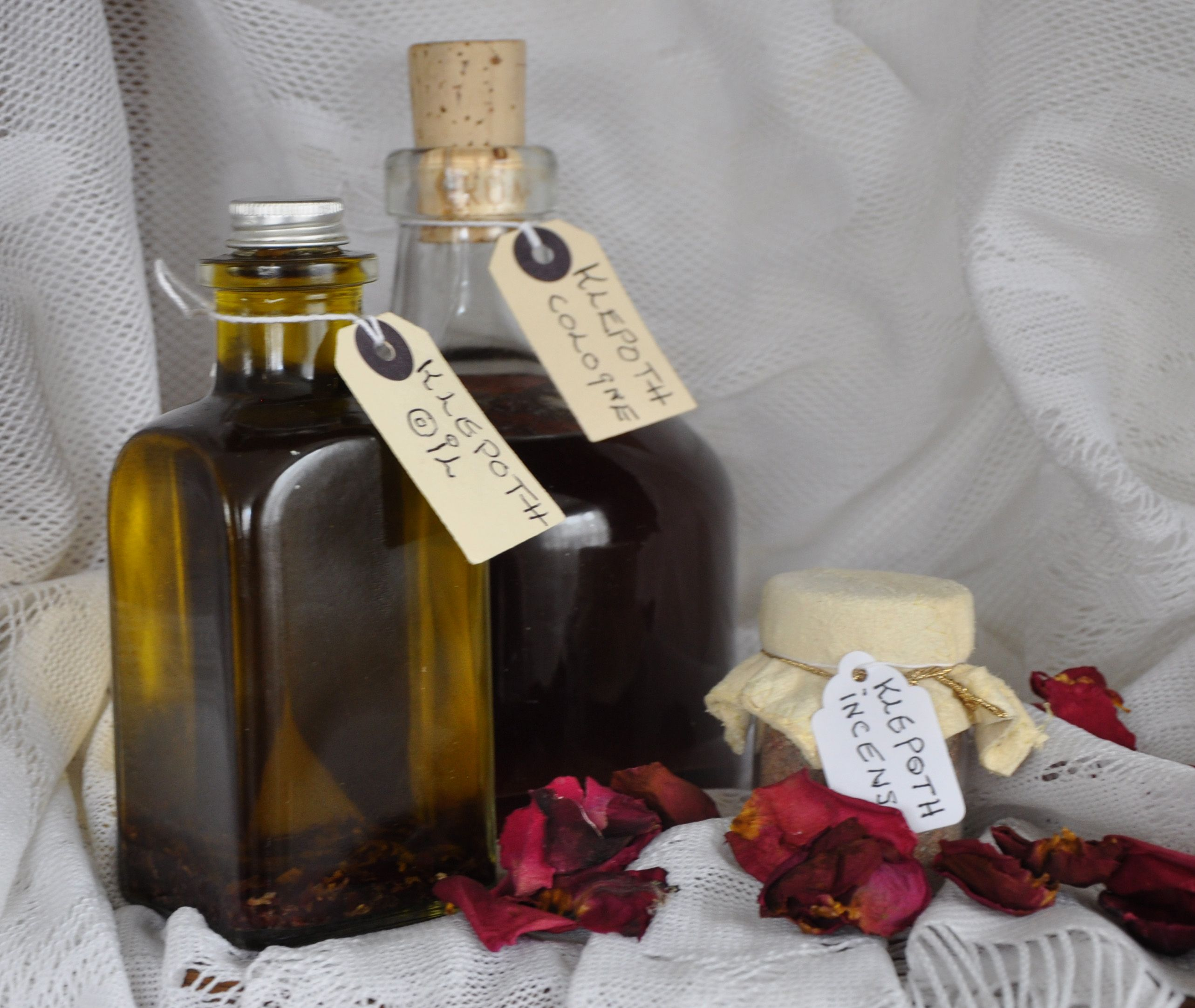 www underworldapothecary com | Klepoth | Wine, Rose, Bottle