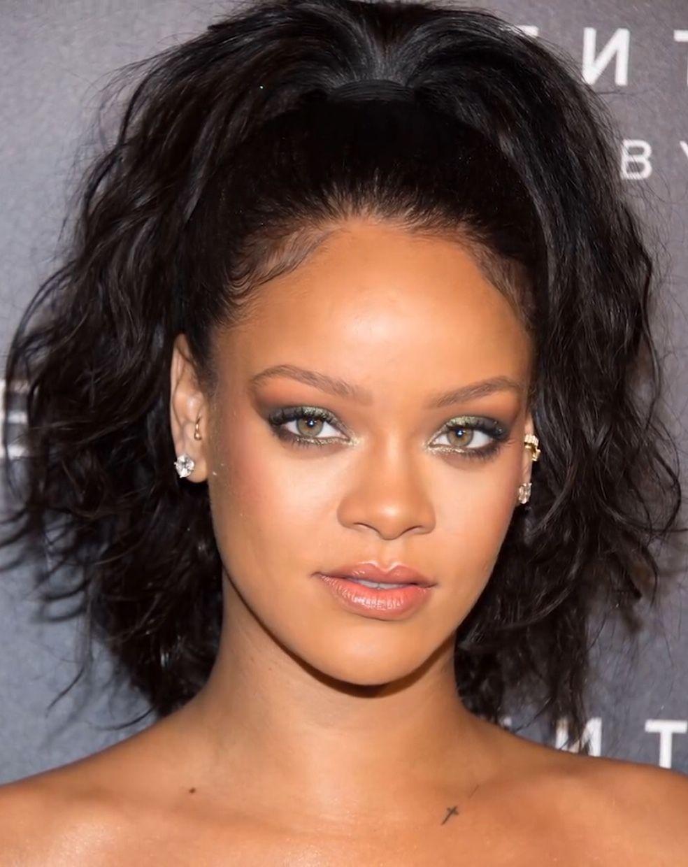 Rihanna Makeup using the Fenty Beauty Galaxy Palette