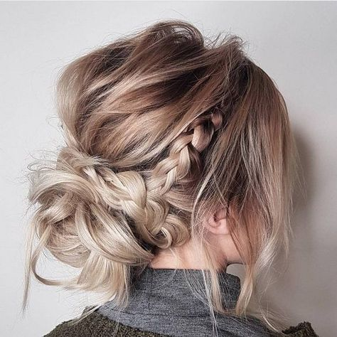 Messy Updo Hairstyles Crown Braid Hairstyle To Try Boho Hairstyle Easy Hairstyl Updos For Medium Length Hair Medium Hair Styles Braided Hairstyles For Wedding